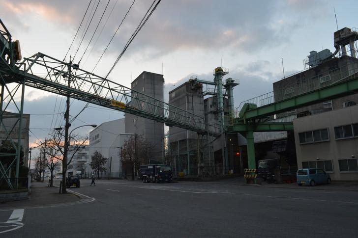 福岡散歩日誌:那の津工場地帯