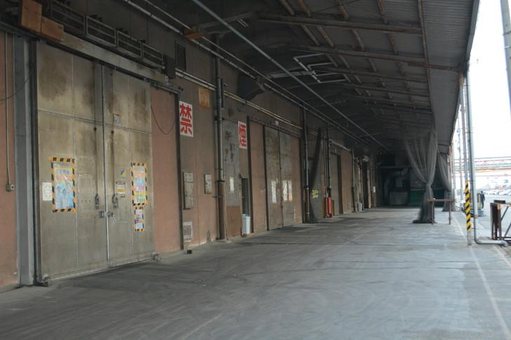 福岡散歩日誌:那の津の工場