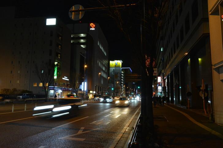 【福岡散歩日誌6】「渡辺通り」から「那の川」辺りを散歩【12月】:「渡辺通り」から「那の川」辺りを散歩:日赤通り