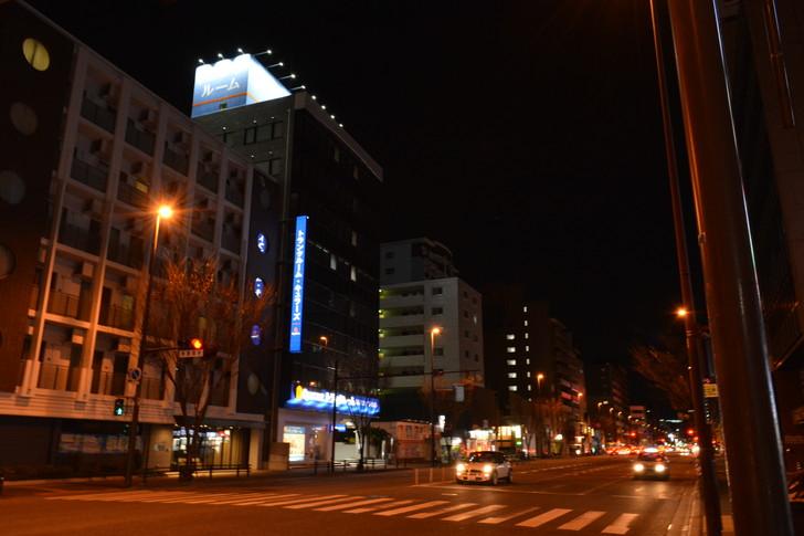 【福岡散歩日誌6】「渡辺通り」から「那の川」辺りを散歩【12月】:「渡辺通り」から「那の川」辺りを散歩:日赤通り3