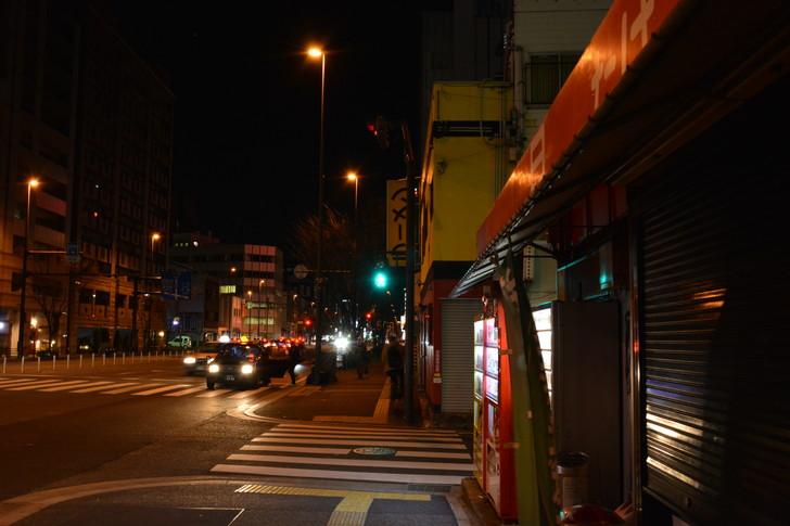 仕事終わりの日赤通りで撮影