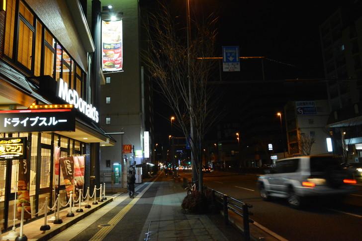 「日赤病院前(日赤通り)」と「高宮駅」近くの飲食店街を散歩【1月】:マクドナルドから出発