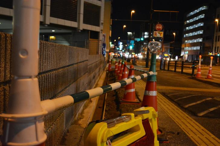 「日赤病院前(日赤通り)」と「高宮駅」近くの飲食店街を散歩【1月】:工事中の道路