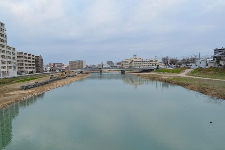 「高木橋」から撮影した那珂川
