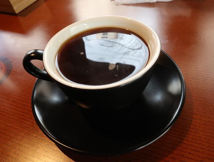 【薬院ランチ】1階はパン屋、2階はカフェ&レストラン「EPIDOR(エピドール)」のグルメレポート:セットドリンク ホットコーヒー