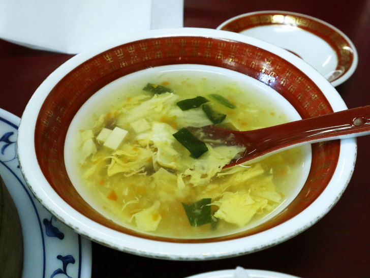 【薬院】本格的な中華料理が楽しめる「餃子李 (ギョウザリー)」グルメレポート:中華スープ