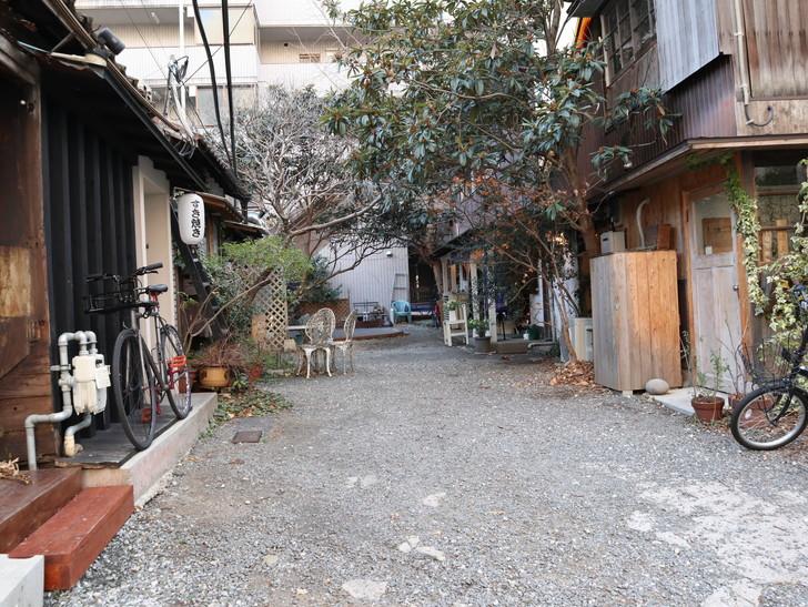 落ち着いた雰囲気の裏道「平尾(山荘通)~薬院大通付近」を散歩:他と雰囲気が違うエリア