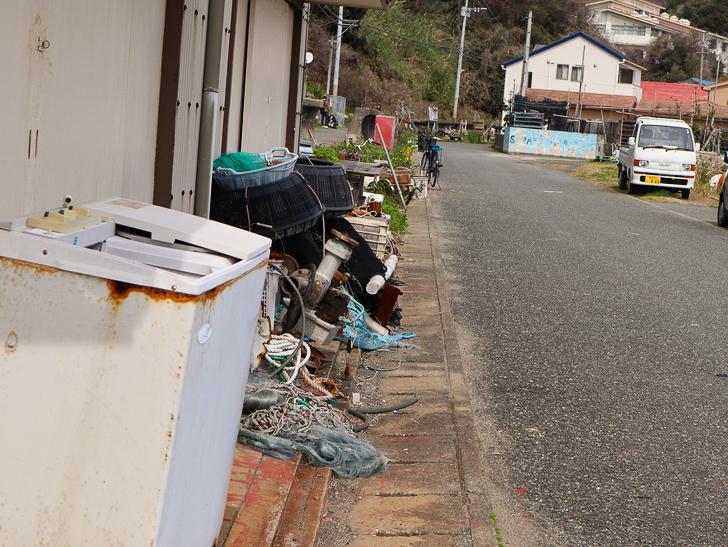 島民328人に対し「猫民100匹」!「相島(あいのしま)」に行ってきた:港町のゴチャついた雰囲気