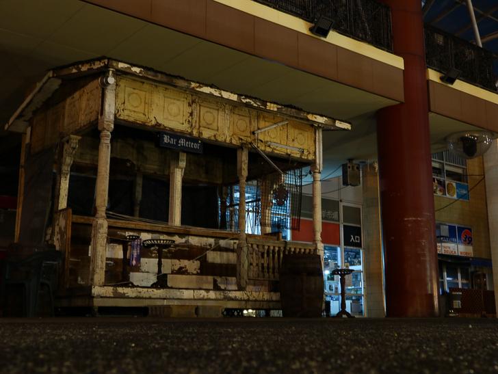 【ベイサイドプレイス博多(深夜)】やっぱり夜の海は良い: 良い感じに廃れた露店