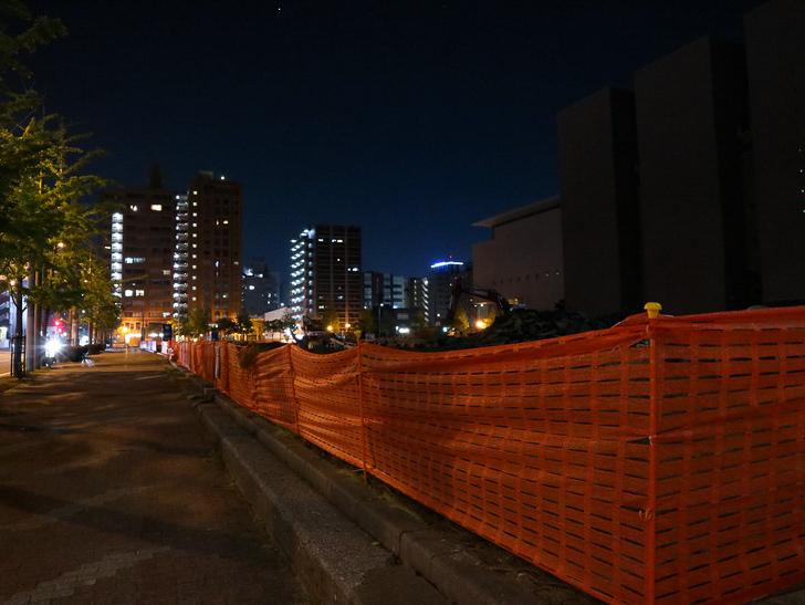 【ベイサイドプレイス博多(深夜)】やっぱり夜の海は良い: 工事現場