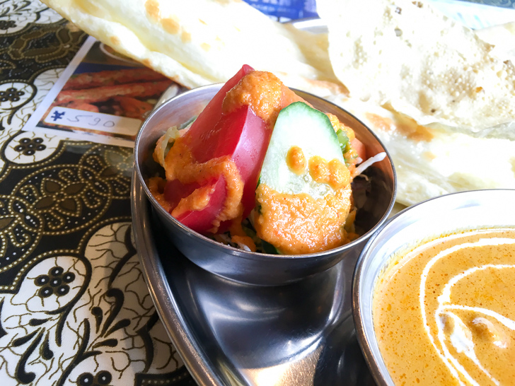【薬院】素朴な雰囲気が良い!インドカレー屋「ミラン」グルメレポート: サラダ