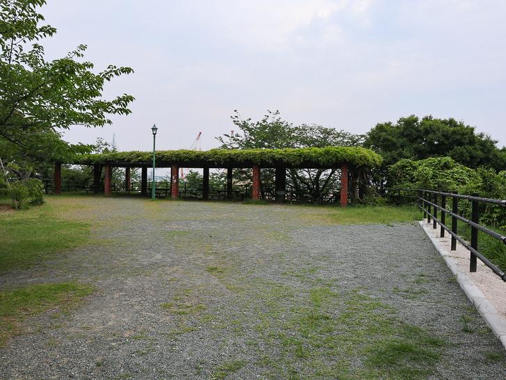 天神近くにある避暑地「西公園」「光雲神社」を散歩: 東側展望広場