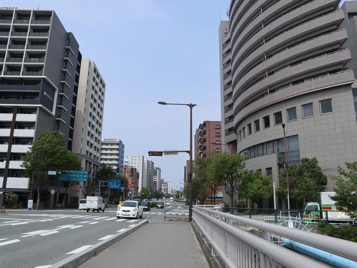 【中央区・博多区】「築港本町」あたりをゆったり散歩: 那の津大橋