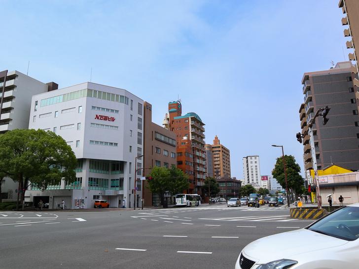 【中央区・博多区】「築港本町」あたりをゆったり散歩: 築港本町交差点