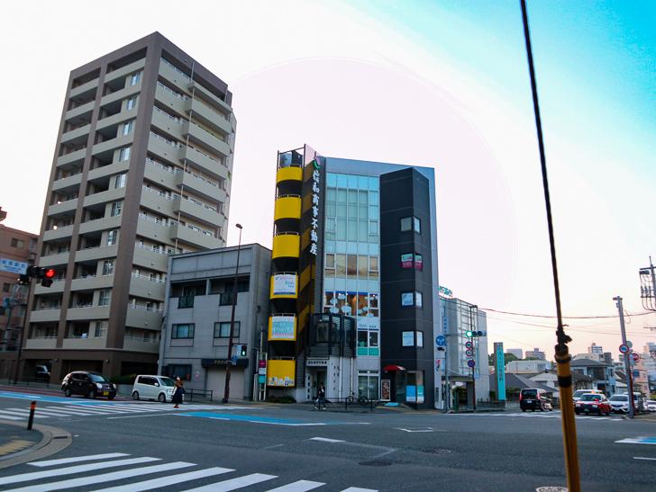 交差点「桜坂駅前」