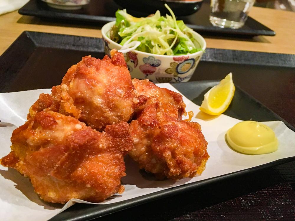 【薬院】魚介系居酒屋の絶品から揚げランチ「魚平」グルメレポート