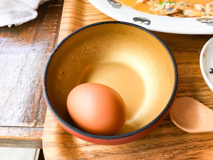 新鮮な生卵