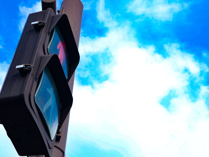 交差点「中村学院前」の歩行者用信号