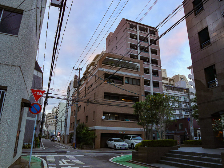 住宅街の交差点