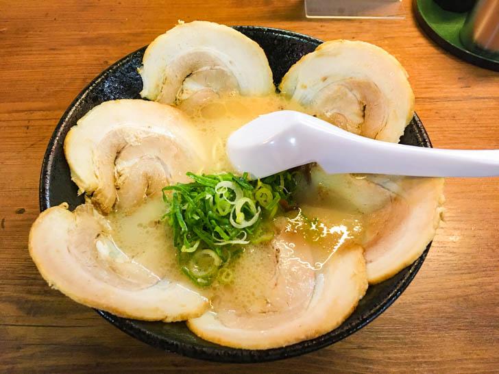 チャーシュー麺(550円)