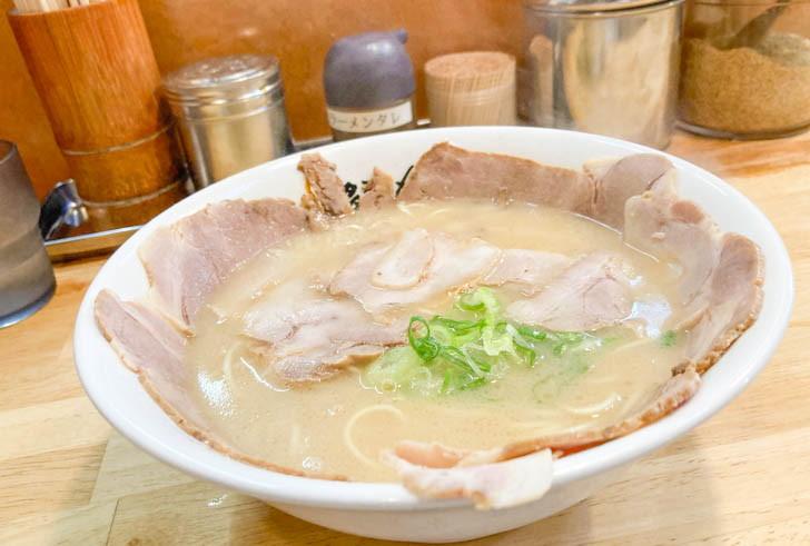 チャーシュー麺(480円)