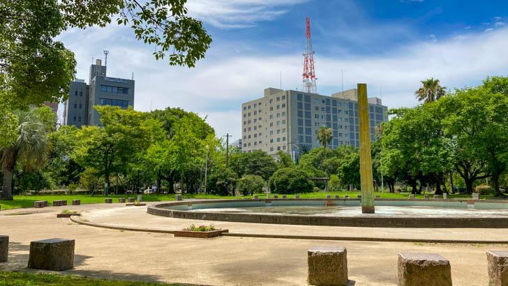 須崎公園は「天神のオアシス」と呼ばれている