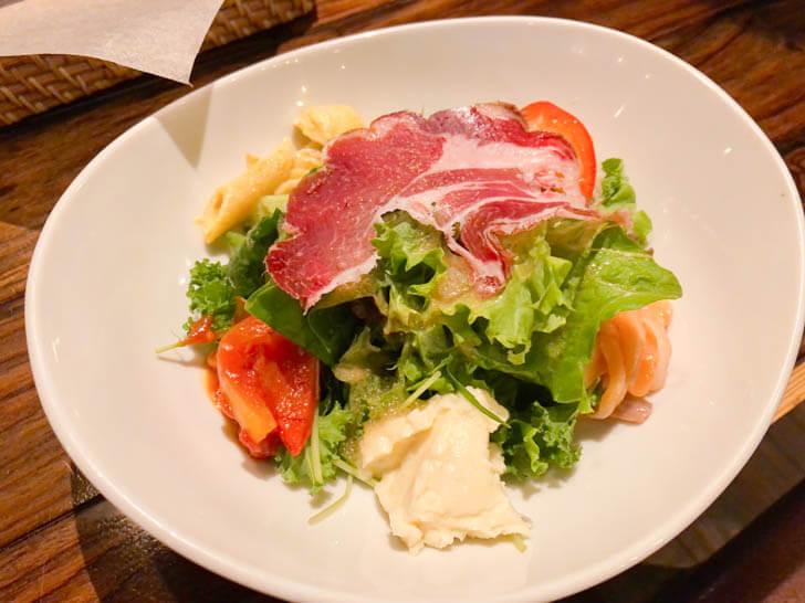 前菜サラダプレート