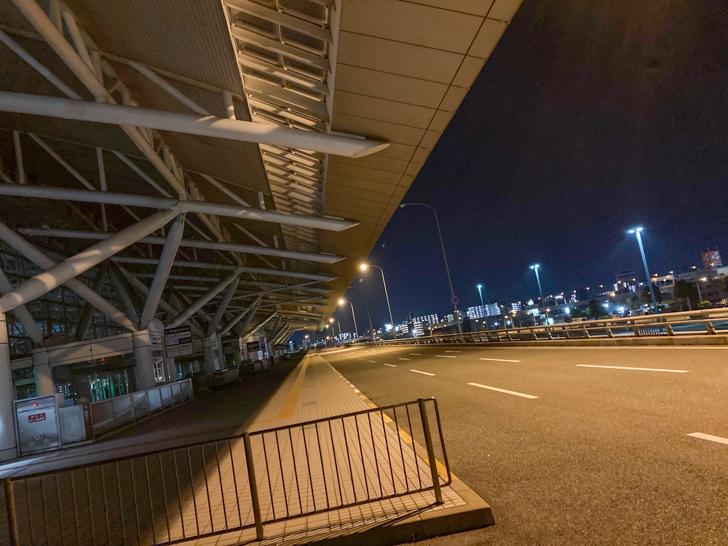 福岡空港乗降口