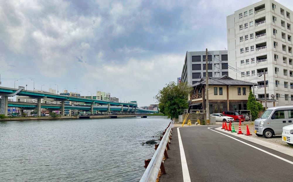 【石城町17丁目】超穴場。高速道路と小笹川を一望できる絶景ポイント