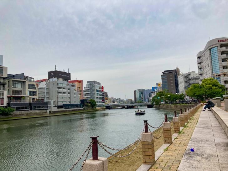 那珂川と対岸