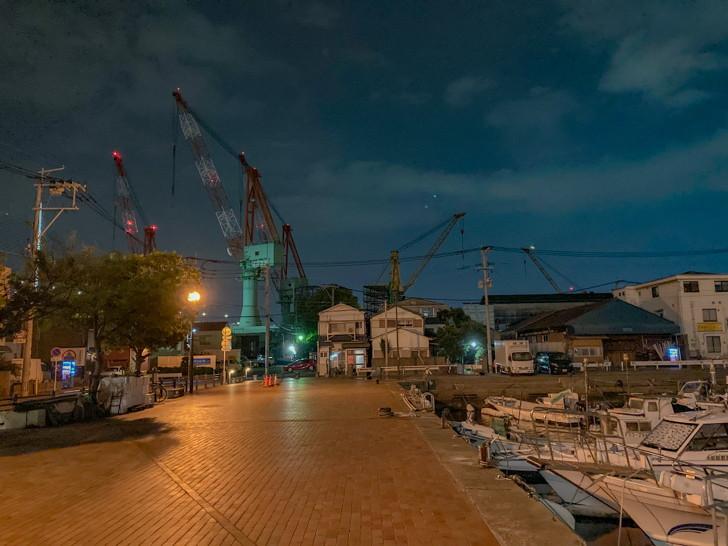 造船所と港3丁目の広場
