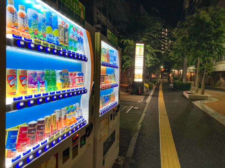 深夜の自販機