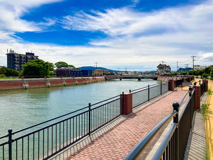 【大牟田市西港町1丁目】なにやらレトロな雰囲気の場所【諏訪川橋】: 諏訪川