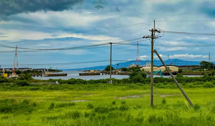 「三池港展望所」で、大牟田が「炭鉱の町」と言われる由縁を知った【団琢磨の偉業】 左奥に見えるのが三池港